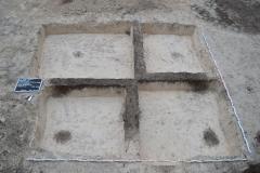 Mittelalterliches Grubenhaus im Kreuzschnitt