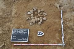 Urnenbestattung mit Steinpackung