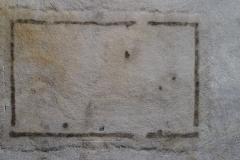 Drohnenaufnahme eines vermutlich frühmittelalterlichen Hausgrundrisses